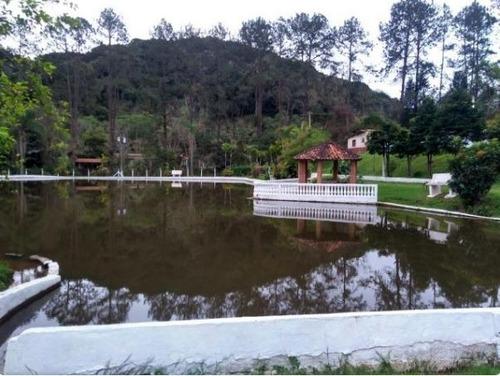 100.000 m² 4 lagos, várias nascentes 3 casas pasto