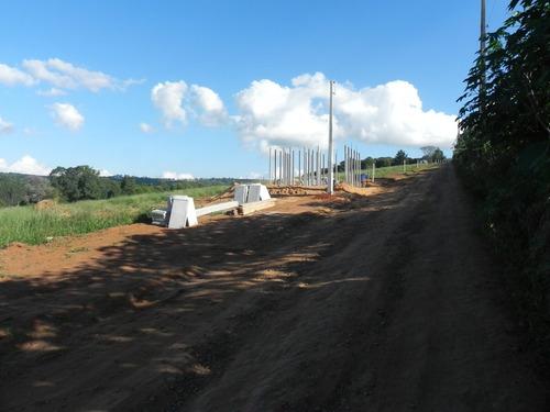 1000m² em ibiúna aceita veículos como pgto 5km da represa