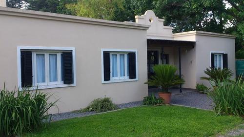 1061-casa estilo campo e/martin fierro y colectora norte.