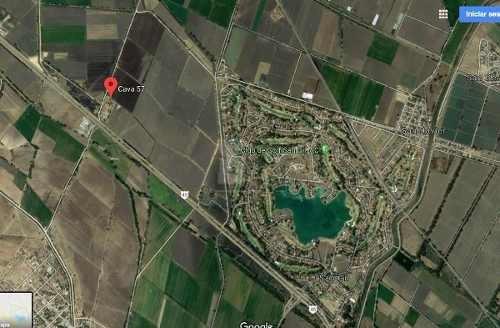 11.6 hectáreas con 273 metros a pie de carretera mexico - querétaro junto a san gil