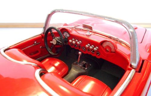 1:18 chevrolet corvette c1 (1957) sin motor burago usado
