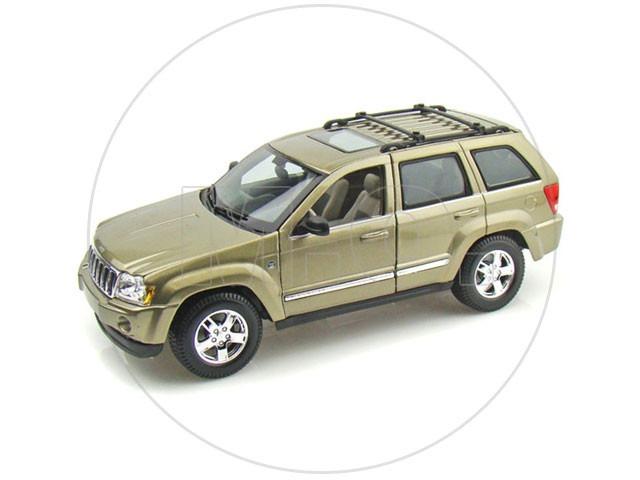 1:18   Maisto Jeep Grand Cherokee 2005   Dourado