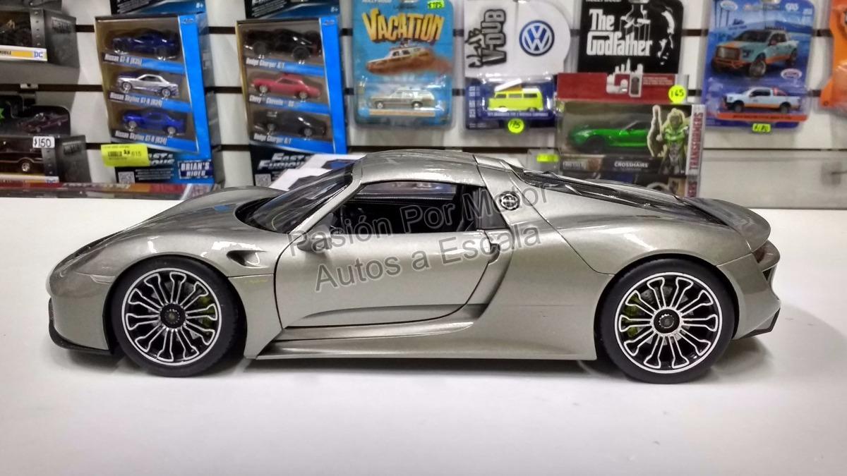 modello di auto 1:18//Welly PORSCHE 918 SPYDER HARD TOP 2012 grigio
