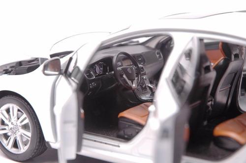 1:18 volvo s60 l t5 sedan motorcity 2015 frete grátis metal