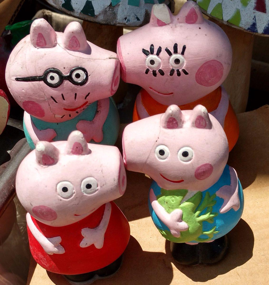 12 juegos de peppa pig en ceramica en blanco para pintar for Como pintar jarrones de ceramica