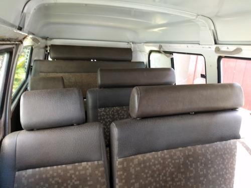 12 lugares  kombi  sao 04 unidades  2012,2010,2008 e 2007