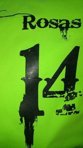 12 playeras impresas en serigrafía a 1 tinta
