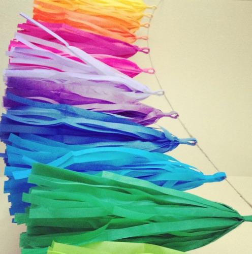 12 pompones  color combinado de papel china 35 cms