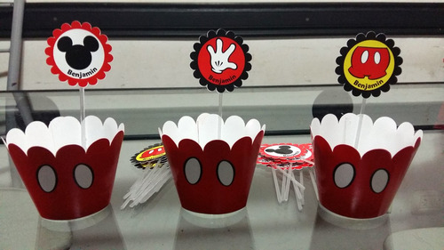 12 wrappers + 12 toppers personalizados para muffins