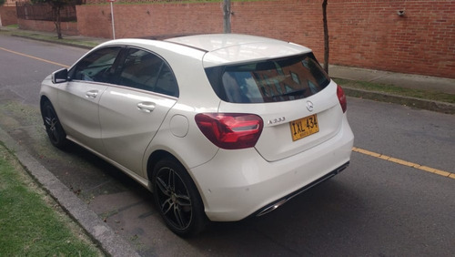 12.000 kms mb clase a 200 version especial