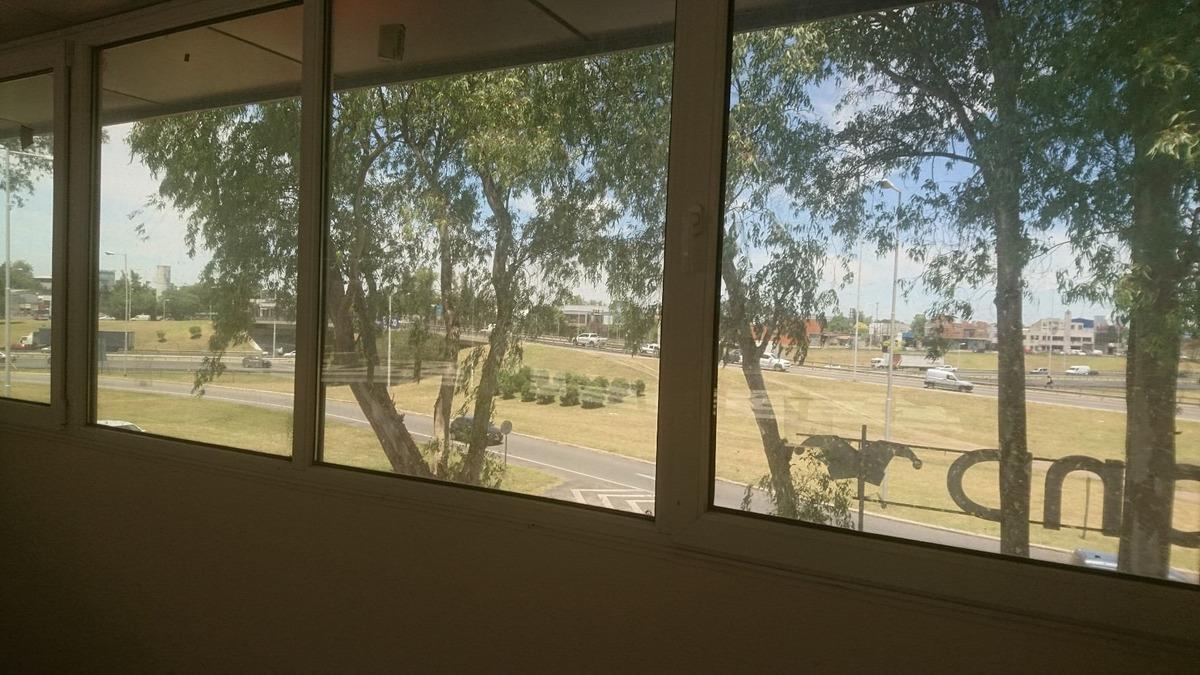 1203-paseo de los eucaliptus, oficina 60m2.