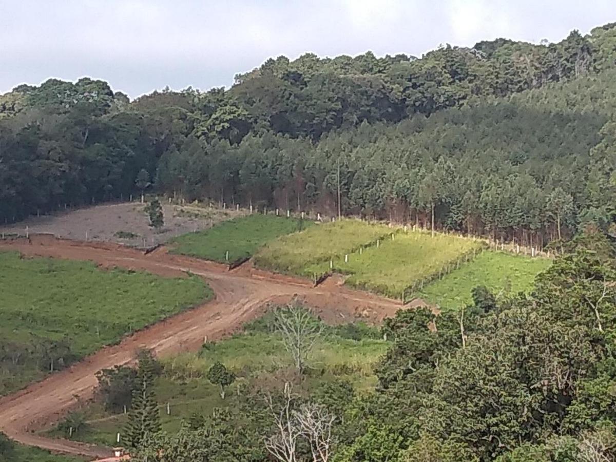 122c terreno com acesso à rodovia fernão dias