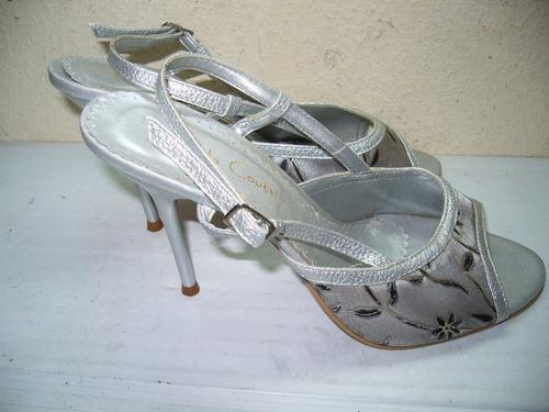 123 x - sandália prata\ floral preto n 37 rafaela coutti