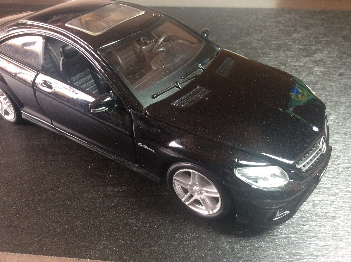 ... Mercedes Benz Cl63 Amg  Maisto. Carregando Zoom.