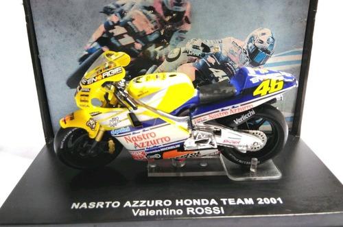 1:24 moto gp nasrto azzuro honda team 2001 valentino rossi