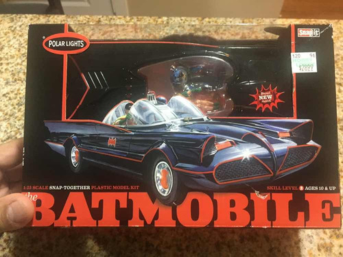 1/25 batimovil 1966 armable nuevo batimovil batman plastico