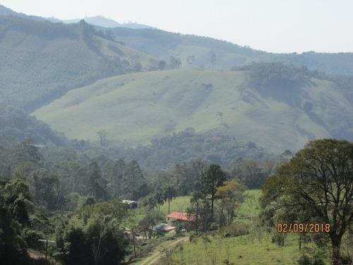 12a  maravilhoso terreno com vista para as montanhas