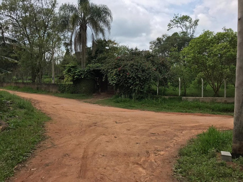 12c extensa área verde com rica fauna & flora.