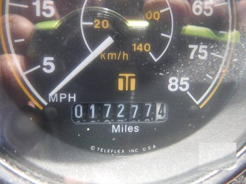 13) barredora marca johnston modelo 4000 de 2 cepillos