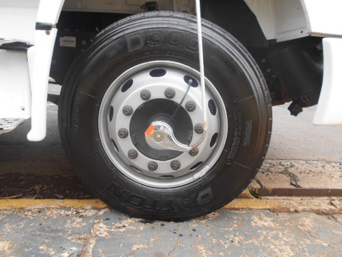 1318 caminhões mercedes