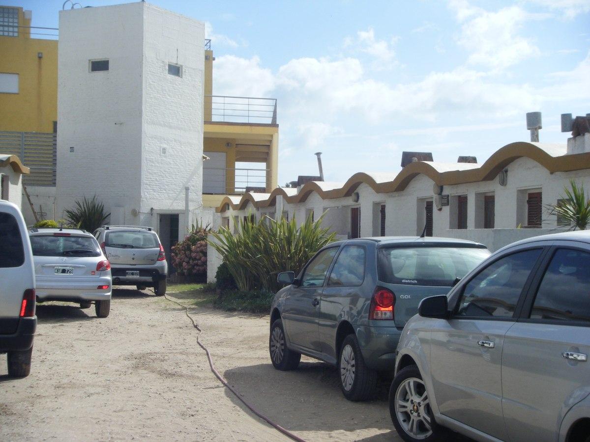 138 y playa - frente al mar - villa gessell - 6 / 8 pers