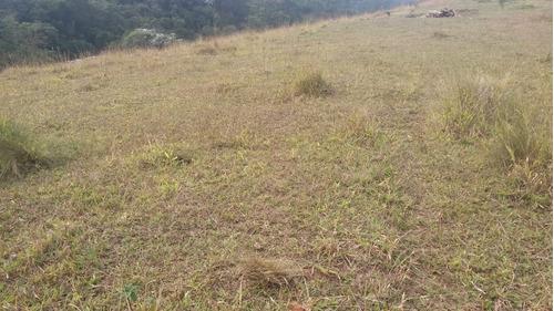 13a  mude de áreas , terreno em região rural