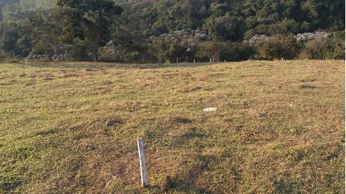 13c  vendo urgente terreno de 600m²