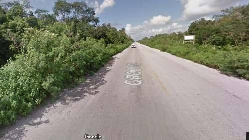 14 hectáreas con frente de carretera