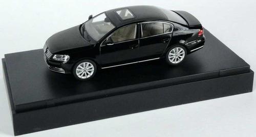 1/43 schuco vw passat b7 2011 sedan frete gratis dealer