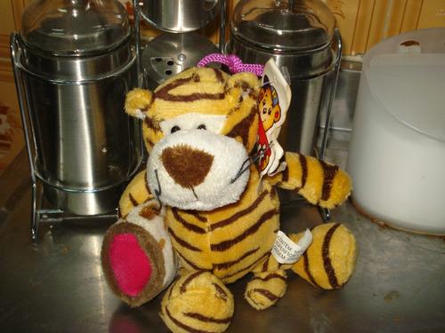 15 - lindo tigre de pelucia