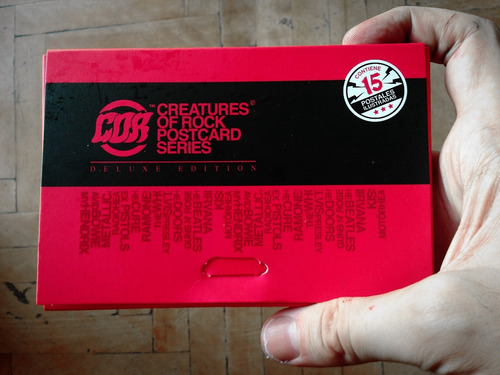 15 postales cure kiss bowie radiohead ramones guns metallica