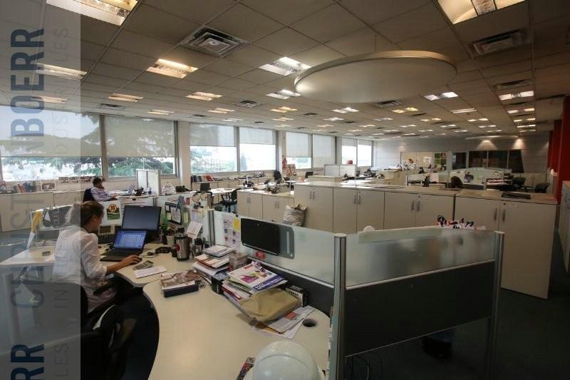 1.500m de oficinas premium en g paz esq av. gral san martín.