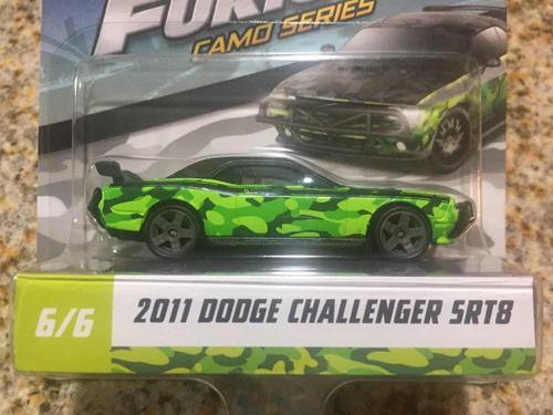 1/55 mattel rápido y furioso 2011 dodge challenger srt8