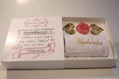 16 caixas convite madrinha padrinho toalha  e sabonete
