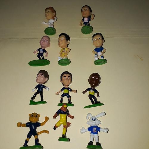 16 futbolistas y mascotas  bimbo.