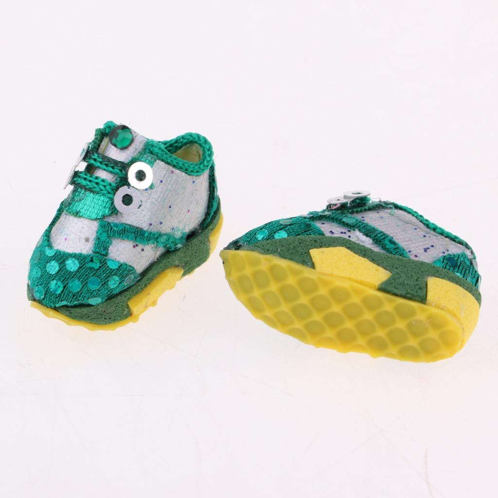9867d117e2d 1 6 zapatillas de deporte verdes zapatos accesorios para 12. Cargando zoom.