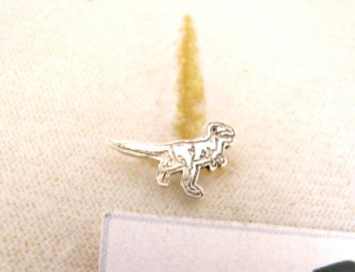 $160 broqueles de dinosaurio rex (plata ley 950 )modelo