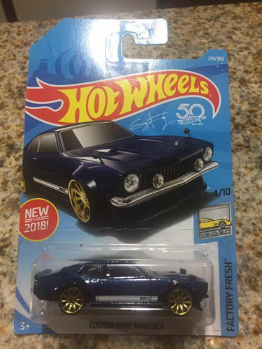 1/64 hot wheel custom ford maverick 50th aniversario