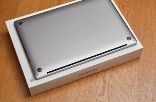 1/7maxed apple macbook pro 16in 2.4ghz 8-core i9 64gb 4tb