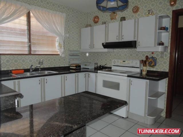 18-10028 casas en venta