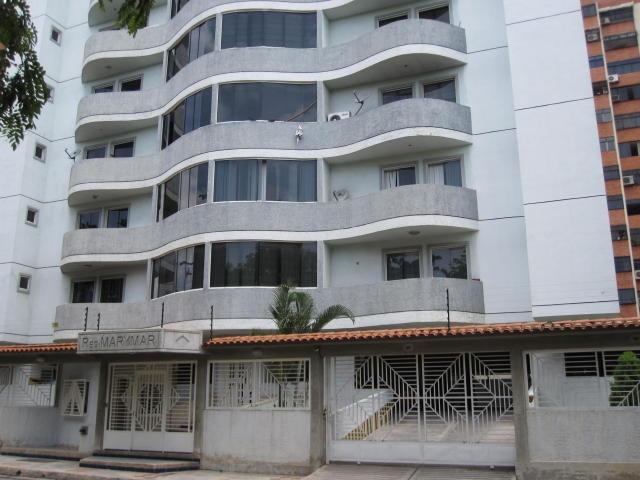 18-4472 se vende hermoso y comodo apartamento en maracay