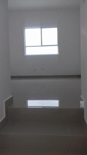 18-cr-629 casa en renta en escobedo, fracc. quebec