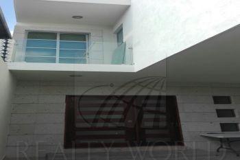 18-cv-575 hermosa casa con dos años de haberse construido