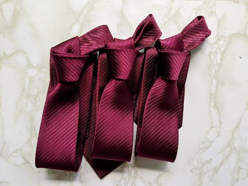 18 gravatas e 1 pulseira marsala personalizada madrinha