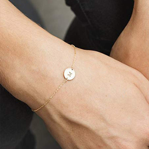 18 k chapado en oro pulsera inicial de acero inoxidable...