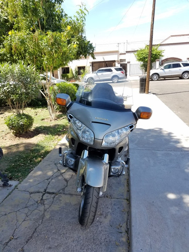 1800 goldwing honda
