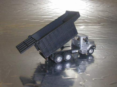1:87 caminhão schuco