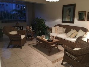 19-19670 confortable apartamento en las acacias