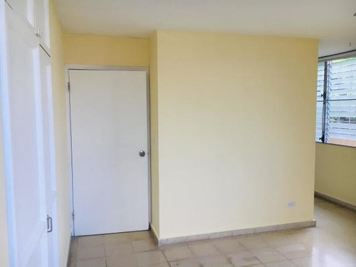 194001mdv se alquila apartamento en altos de santa maría
