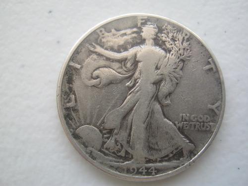 1944 moneda walking liberty acuñada en philadelphia